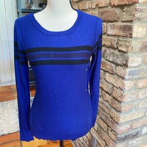Maison Jules EUC striped sweater with snap detail.